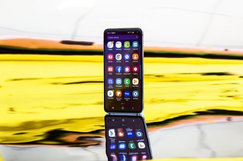 How to pair your Samsung Galaxy S10 to a car with Bluetooth, to play audio through your car's speakers