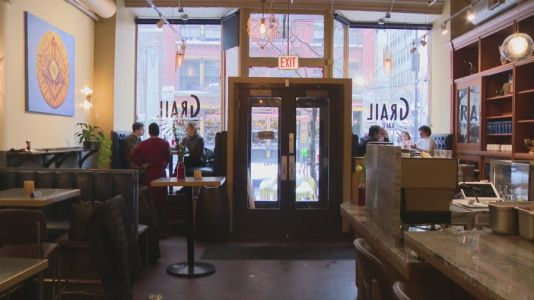 Chicagoan who promotes Black-owned restaurants throughout city becomes lifeline for restaurant owners during pandemic