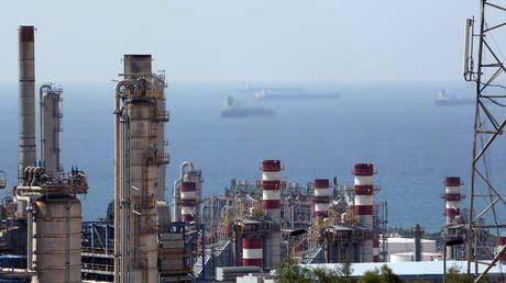 Iran to join LNG race in Asia with huge North Pars development
