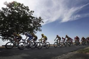 Ewan posts first Tour stage win, Alaphilippe keeps yellow
