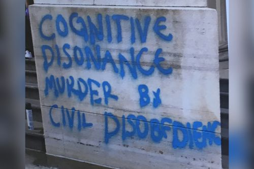 Anti-'tyranny' graffiti painted on courthouse: cops