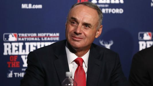 MLB commissioner Rob Manfred gets 5-year extension