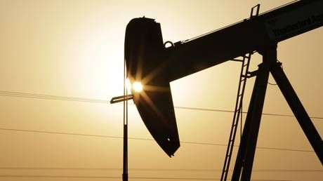 Oil hits multi-year highs on tight global supply