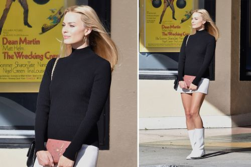 Margot Robbie stuns while filming 'Once Upon a Time in Hollywood' and more star snaps