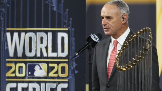 Rob Manfred booed while presenting World Series trophy to Dodgers; fans confused by speech