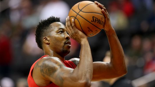 Lakers eyeing Dwight Howard after DeMarcus Cousins' injury, report says