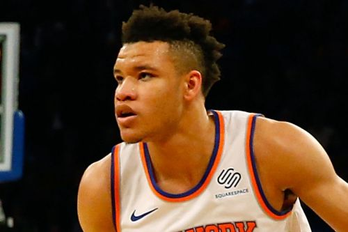 Kevin Knox leaves Knicks game with ankle injury