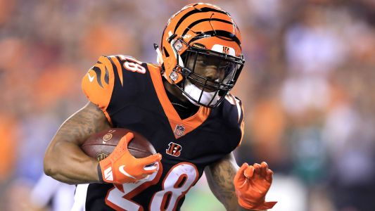 Bengals' Joe Mixon needs arthroscopic surgery, will get second opinion, report says
