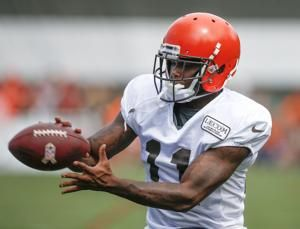 Browns waive troubled WR Callaway before facing Steelers