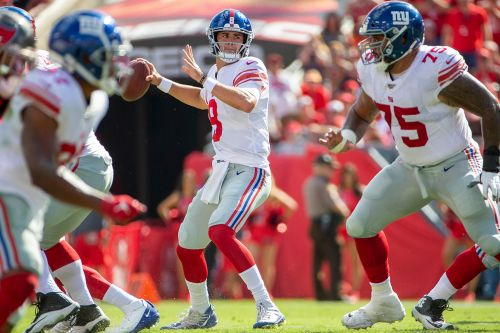 Daniel Jones is Giants hero in incredible comeback win