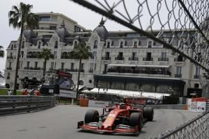 Hamilton takes Monaco GP pole; another bad day for Ferrari
