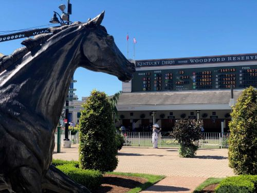 Beshear says 2021 Kentucky Derby will be safe for fans; has concerns about infield plans