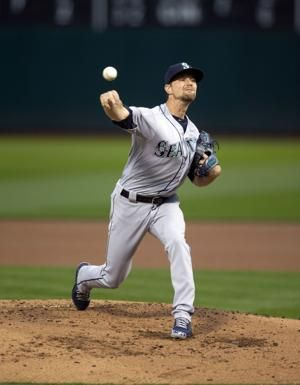 Zunino, Heredia lead Mariners to 3-2 win over A's in 10