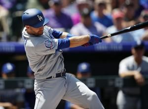 Iannetta walks in winning run, Rockies beat Dodgers 4-3