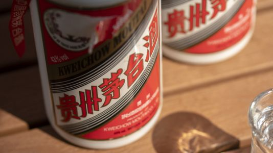 A Reward Of Liquor For Coronavirus Heroes In China Does Not Bring Cheers