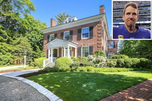 Eli Manning's New Jersey mansion hits market for $5.25 million
