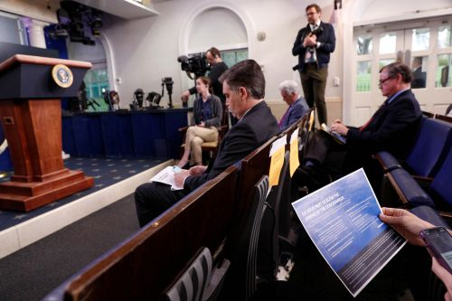 White House imposes COVID-19 testing fee on reporters in latest step limiting press access