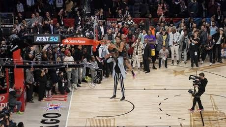 'Absolutely robbed!' Fans fume as Aaron Gordon controversially denied NBA slam dunk title despite INCREDIBLE final effort