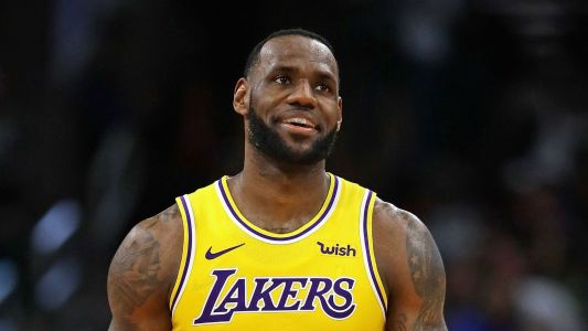 LeBron James, Lakers top the NBA in jersey sales
