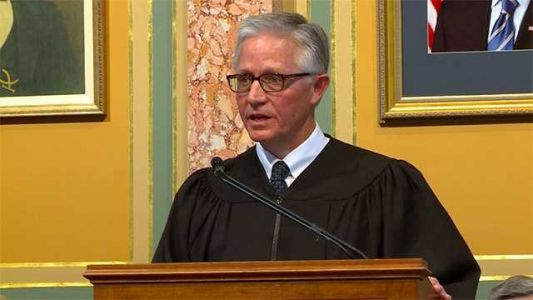 Iowa chief justice recuses himself from judge selection law appeal