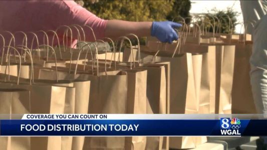 Nonprofit group hands out 1,000 meals to people in need in Lancaster County