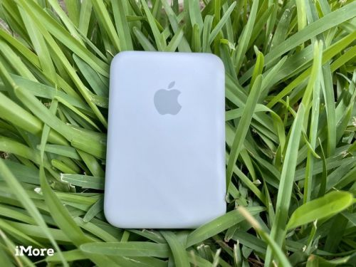 Review: Apple's MagSafe Battery Pack provides a premium charging experience