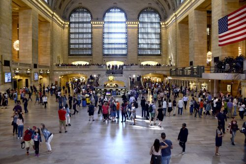 Homeless people have 'infested' Grand Central: custodian