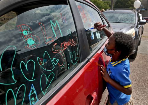 First day of school in Boston delayed, teachers union rallies for remote start