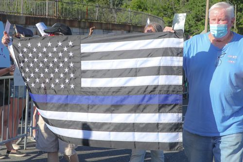 Montauk's iconic Memory Hotel angers activists with Blue Lives Matter flag