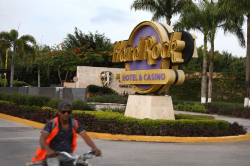 Dominican Republic's Hard Rock Hotel to remove liquor dispensers after tourist deaths
