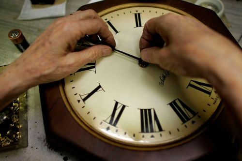 Daylight saving: Here's when you need to set your clocks back
