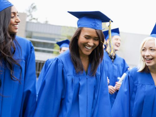 5 things I wish I could tell my 21-year-old self about taking out student loans