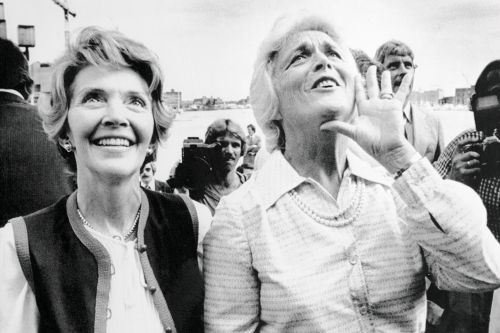 This is how much Nancy Reagan hated Barbara Bush