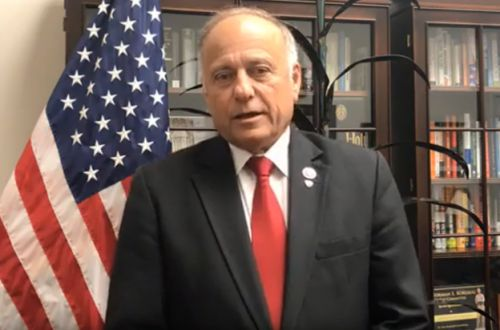 Rep. Steve King defends comments on Twitter