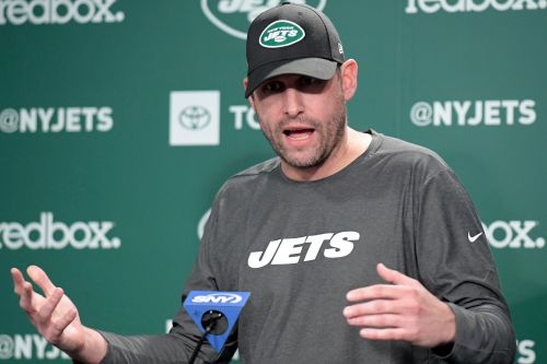 Adam Gase: Jets need to close 'big head start' of Patriots