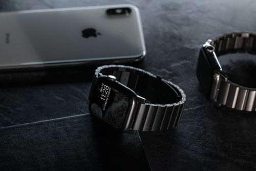 Nomad's new Titanium Band gives your Apple Watch the Link Bracelet look