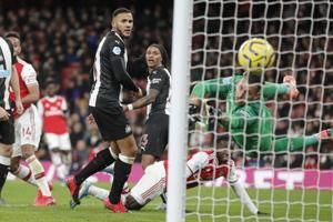 Arsenal beats Newcastle 4-0, ends Premier League winless run