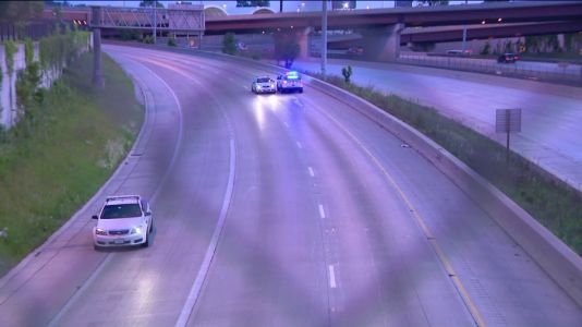 All lanes reopen on SB Dan Ryan near 71st after shooting investigation
