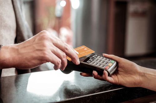 One-touch payments remain infuriatingly absent in America