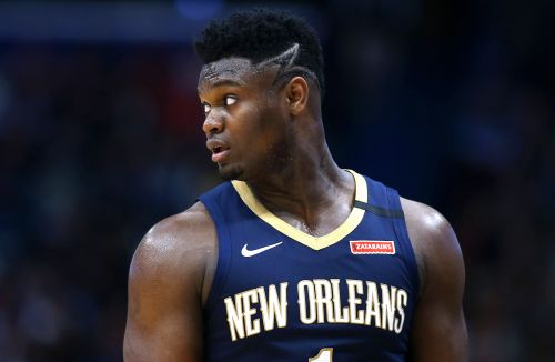 Zion Williamson suddenly leaves NBA bubble for family emergency