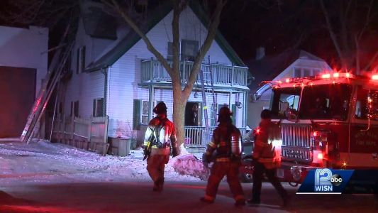 8 people, 2 dogs displaced in West Allis house fire