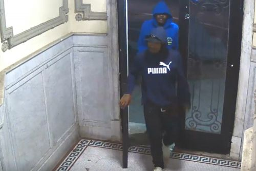 Brutes beat up a delivery man in Brooklyn