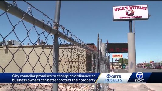 City councilor promises changes following controversy over barbed wire fence