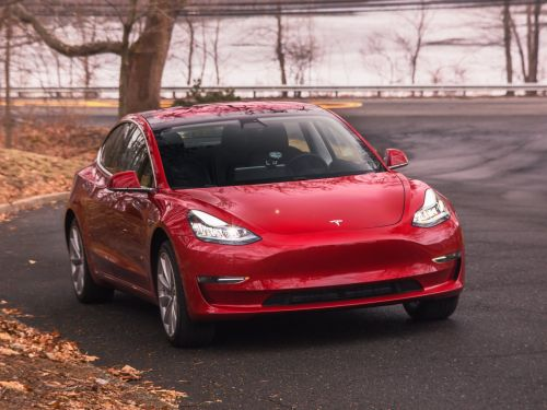 Elon Musk said Tesla customers still have time to guarantee they get a $7,500 tax credit on a new car