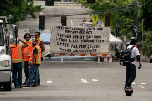 More Than 20 Protesters Arrested as Seattle Police Clear 'Occupied Protest' Zone