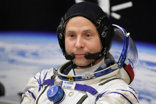 Astronaut describes plunge back to Earth during failed launch