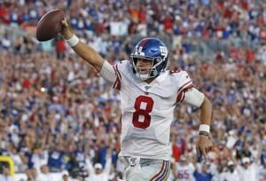 Jones sparkles in his start, Giants rally past Bucs 32-31