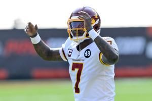 Washington coach Rivera stands by QB Haskins after rough day