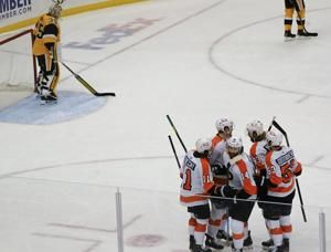Flyers overcame early 3-goal deficit to stun Penguins 4-3