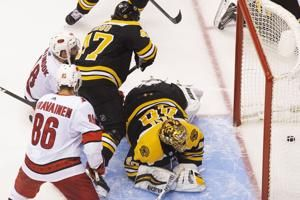 Bruins goalie Rask opts out of playoffs to be with family